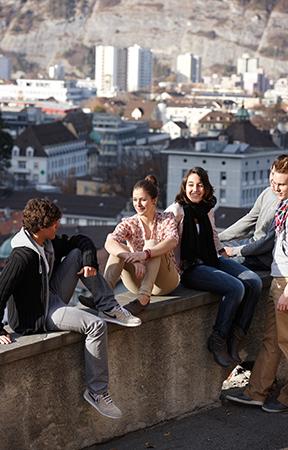 Studieren & Forschen wo andere Ferien machen - PMOD/WRC Davos
